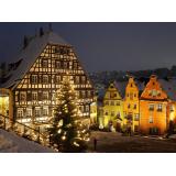 Chalets illuminés pour Noël